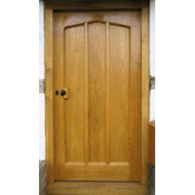 BR01 Gothic Arched Solid Oak Door with Frame