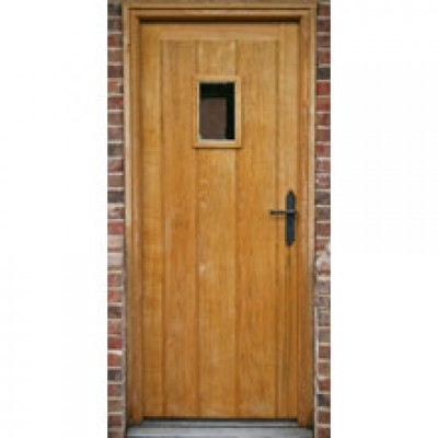 BR05-01 Framed Ledged and Boarded Oak Door with Frame and rectangle window